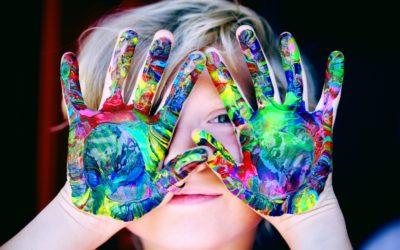 """I figli senza regole e limiti: l'importanza del """"no"""" e le difficoltà quotidiane dei genitori"""
